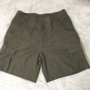 REI green cargo shorts sz 14